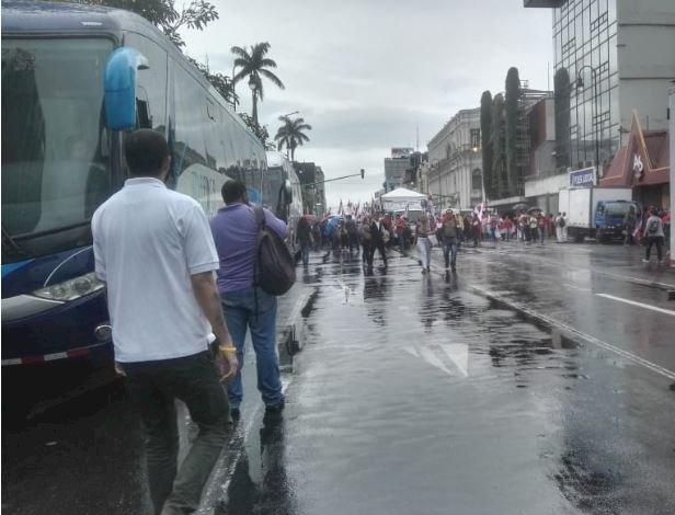 Manifestaciones en Avenida Segunda